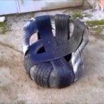 Модель кресла, созданного из колес