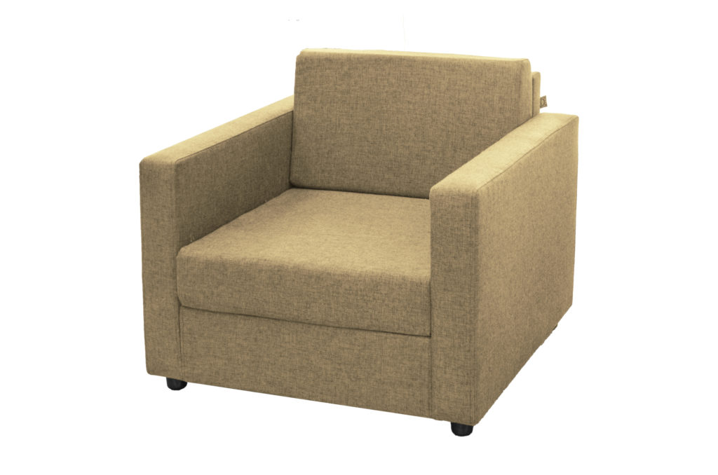 Мягкое брусовое кресло