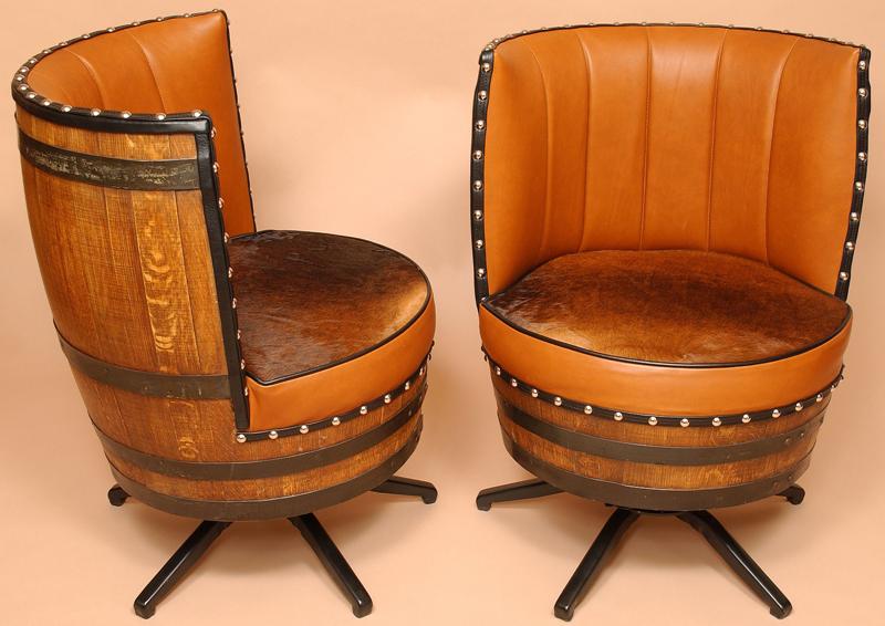 Мягкое кресло из бочки