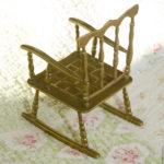 Небольшое современное кресло из бронзы