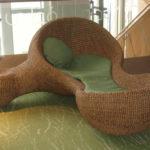 Необычное кресло из бамбука