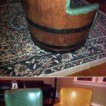 Необычное кресло из бочки