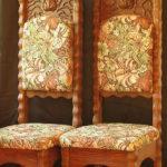 Необычные кресла, изготовленные из лиственницы