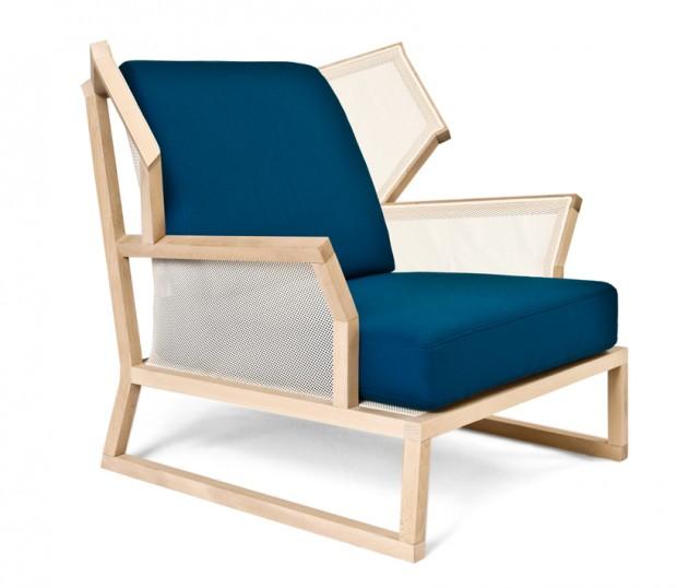 Необычные синие кресла для оригинального интерьера