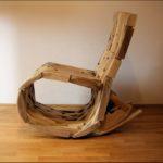 Оригинальное кресло на основе бруса