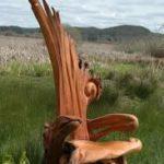 Оригинальные кресла из коряги