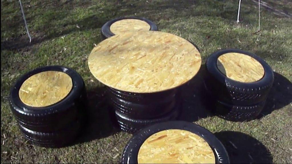 Оригинальные садовые кресла на основе колес