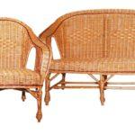 Плетеное красивое кресло из лозы