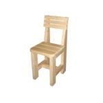 Практичное кресло из осины