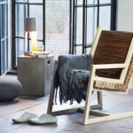 Практичное кресло на основе бруса