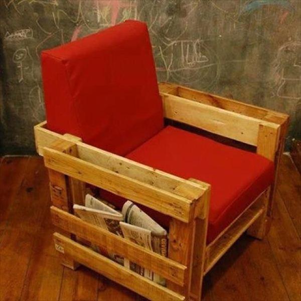 Практичные кресла из поддонов