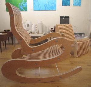 Применение ламината для изготовления современного кресла