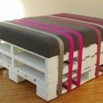 Применение поддонов для создания кресла
