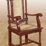 Шикарное кресло на основе красного дерева