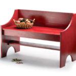 Широкое красное кресло, созданное из ламината