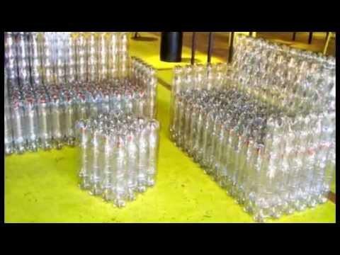 Широкое кресло на основе пластиковых бутылок
