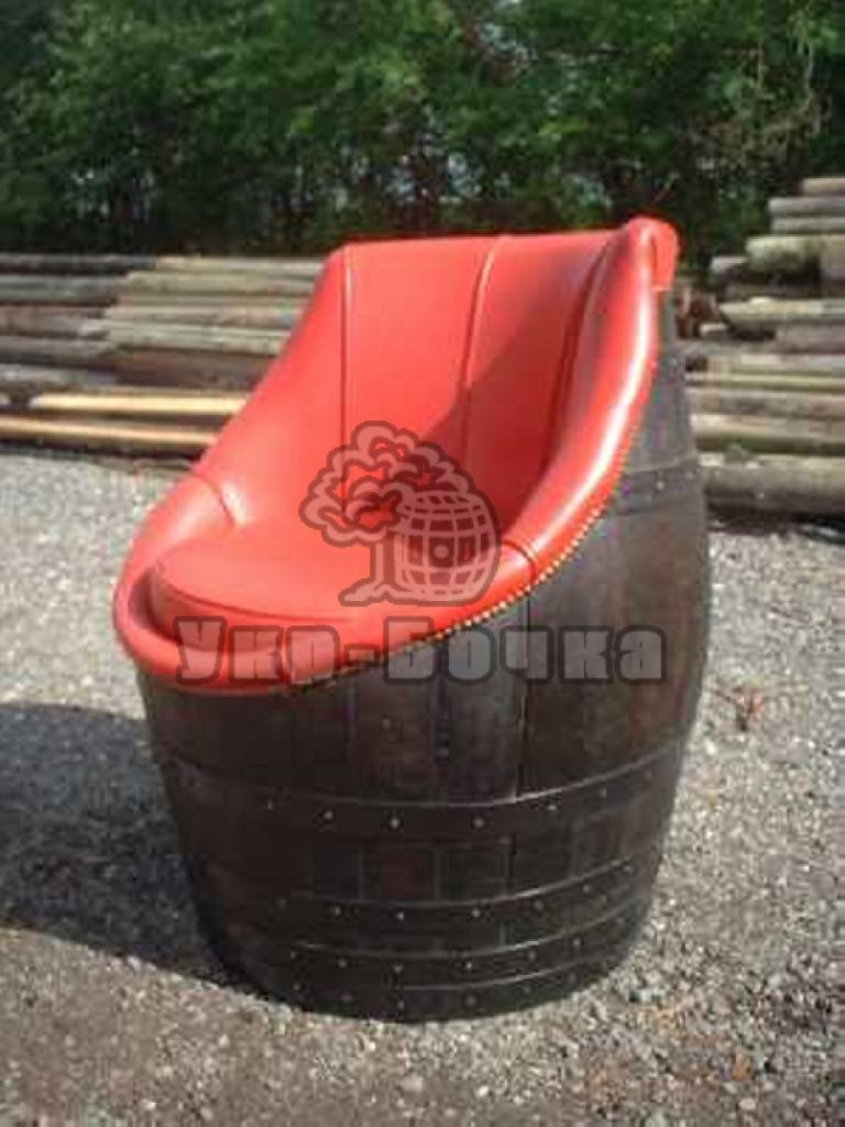 Созданное своими руками кресло из бочки