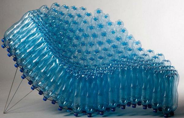 Способ изготовления кресла на основе бутылок
