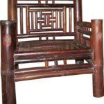 Старинное кресло из бамбука
