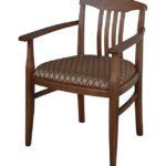 Светлое осиновое кресло