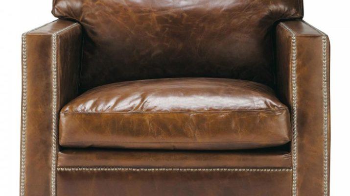 Удобное и красивое кресло коричневого цвета