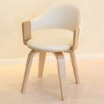 Удобное кресло из березы