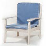 Удобное кресло, изготовленное на основе лиственницы