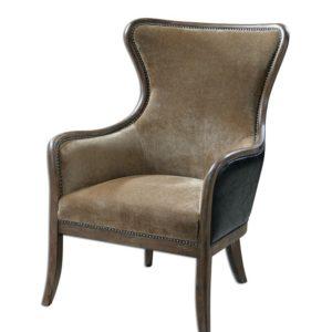 Уютное кресло с хорошими техническими характеристиками из сосны