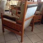Вариант красивого оливкового кресла для дома