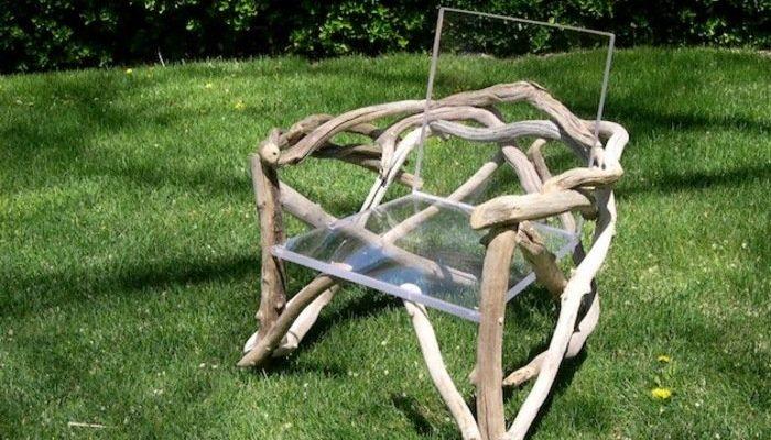 Вариант кресла, созданного из коряги