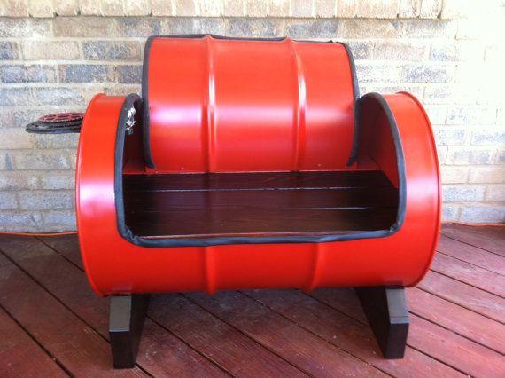 Железная бочка для изготовления кресла