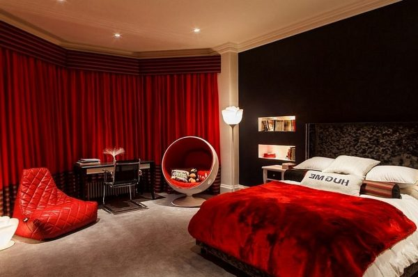 brilliant-red-white-and-black-bedrooms-black-red-bedroom-write-spell-with-red-bedroom-1024x679