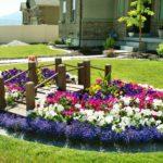 Украшаем участок клумбами и цветниками