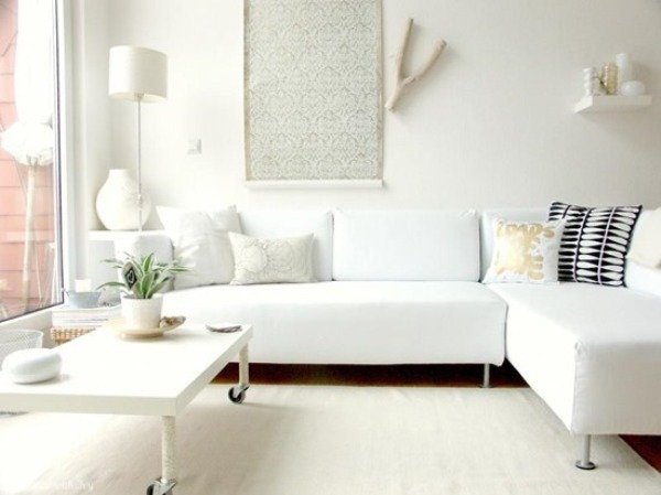 Small-living-room-with-white-interior-and-furniture