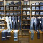 Как выбрать торговое оборудование для магазинов одежды