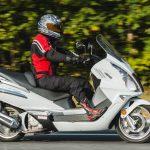 Скутер или мотоцикл: что лучше